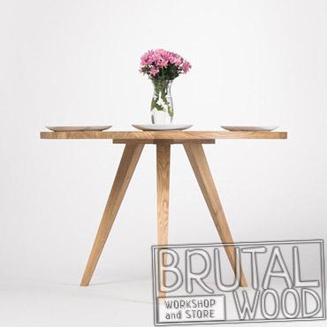 Круглый стол для ресторана