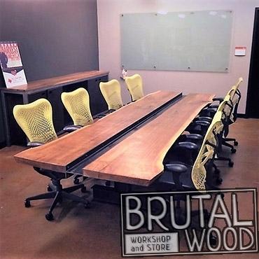Стол в переговорную